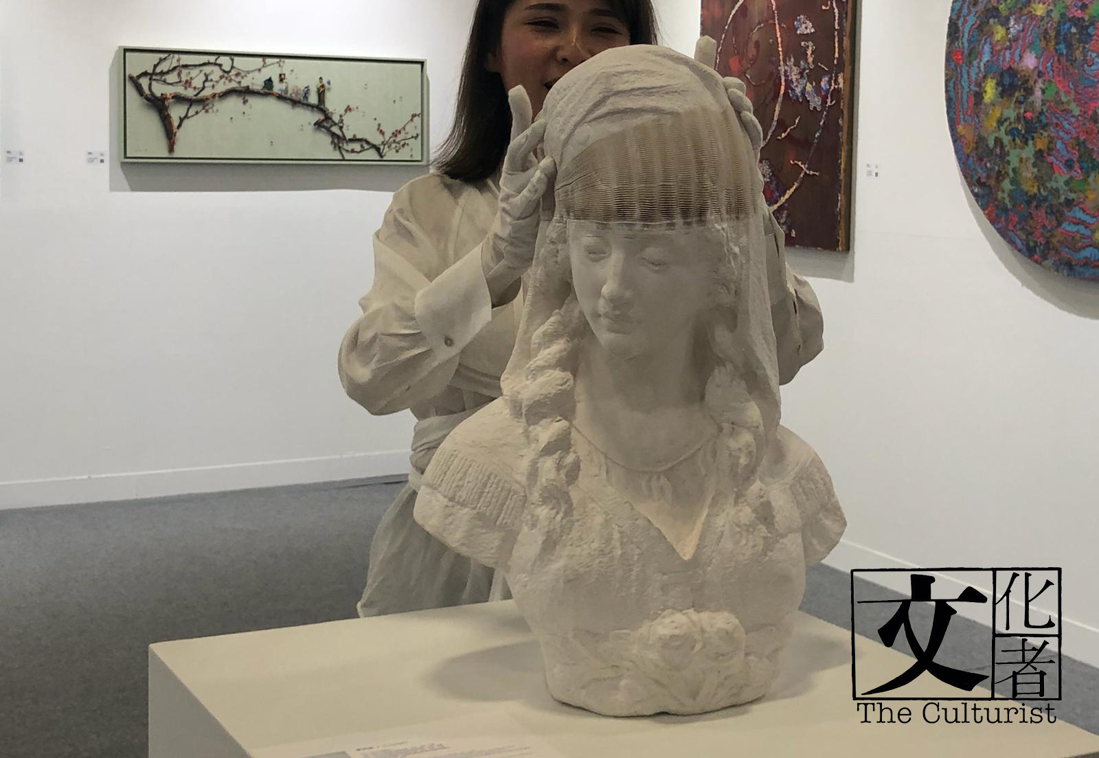 李洪波紙雕塑